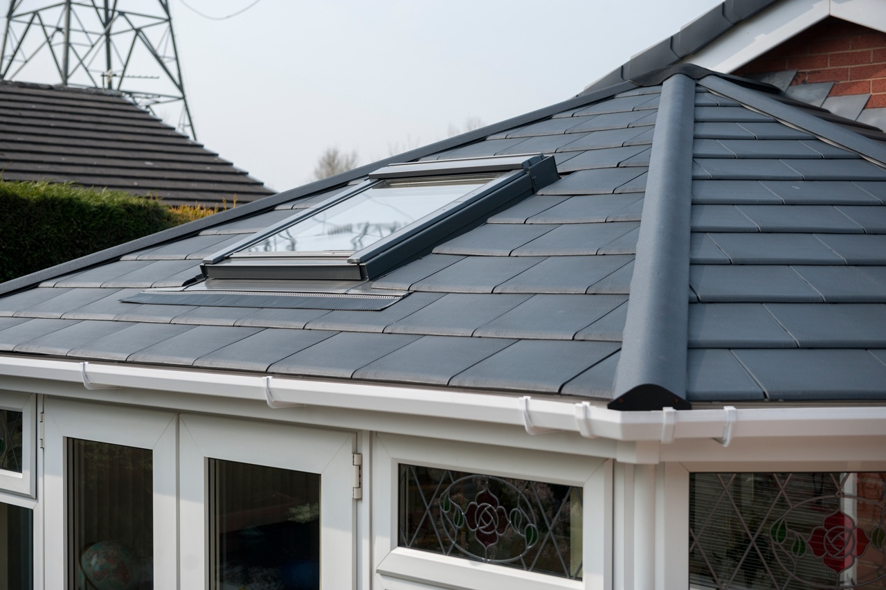 how to know when to replace roof
